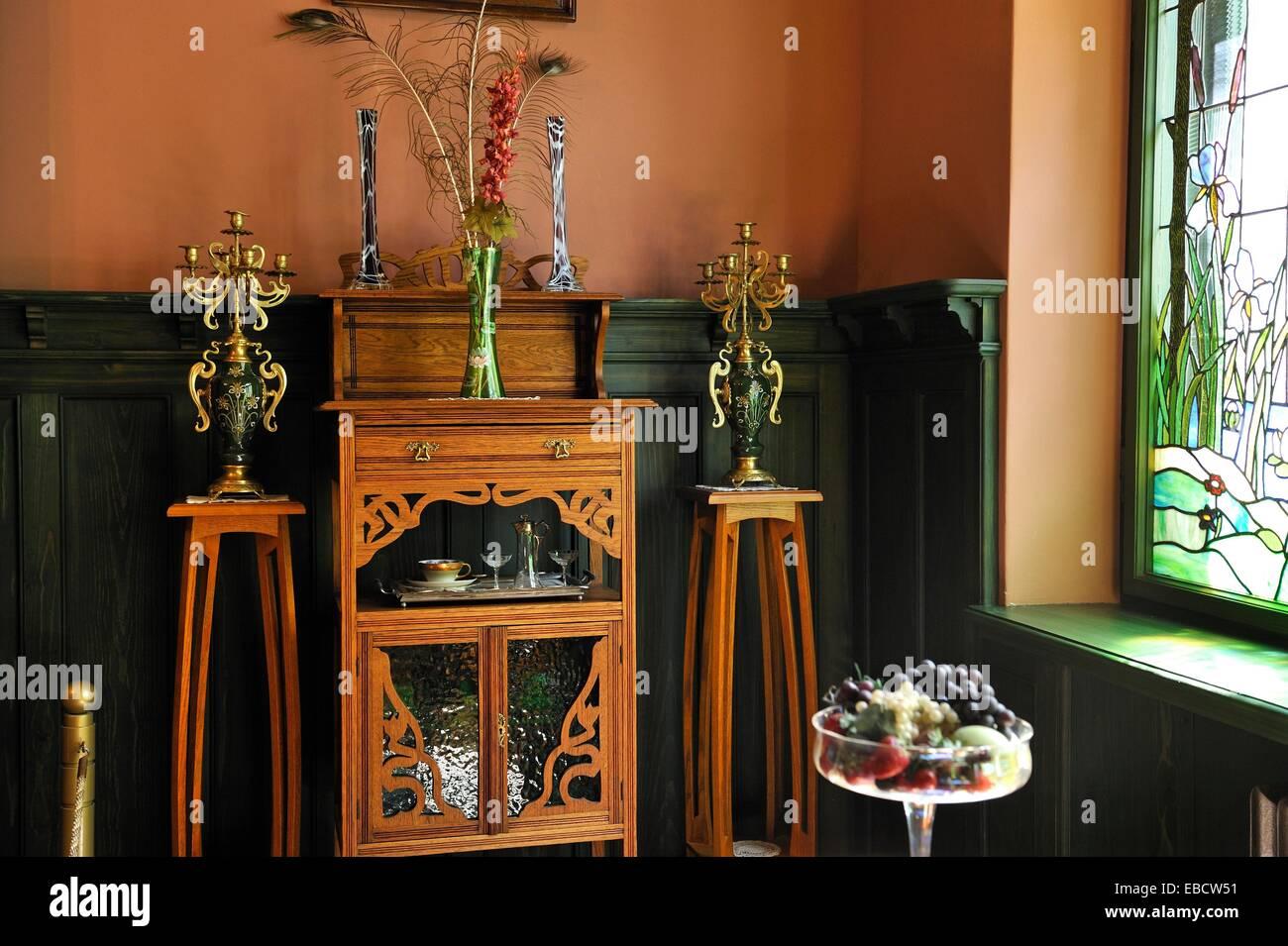 Art nouveau furniture immagini art nouveau furniture for Arredamento stile liberty