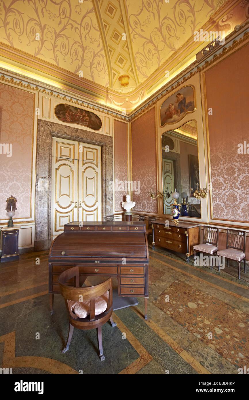 La camera da letto di Ferdinando II. Il Re di Napoli Palazzo Reale ...