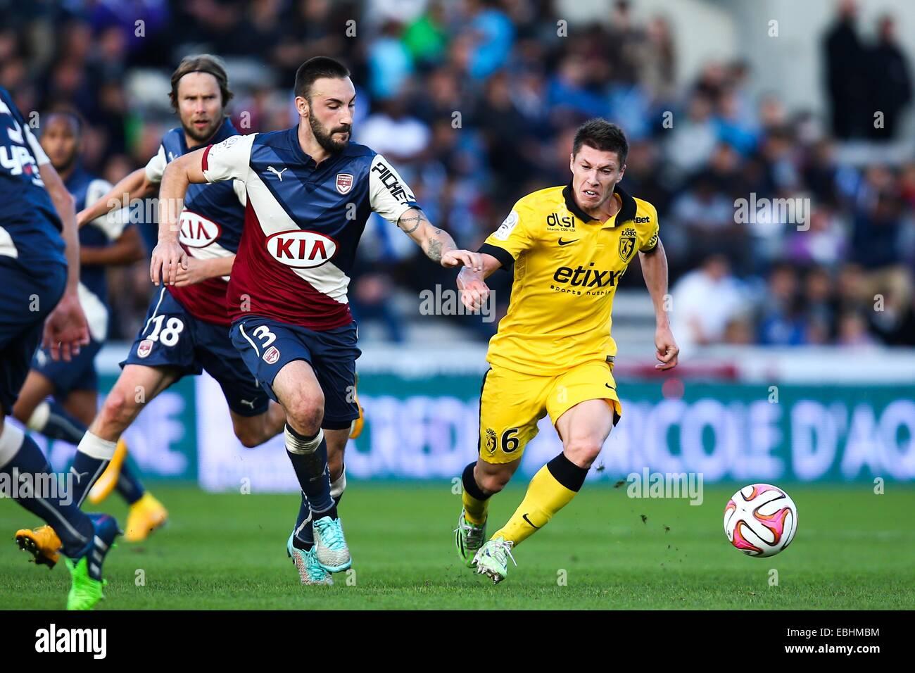Diego Contento/Jonathan Deplace - 30.11.2014 - Bordeaux/Lille - 15eme journee de Ligue 1 Photo : Manuel Blondau/Icona Immagini Stock