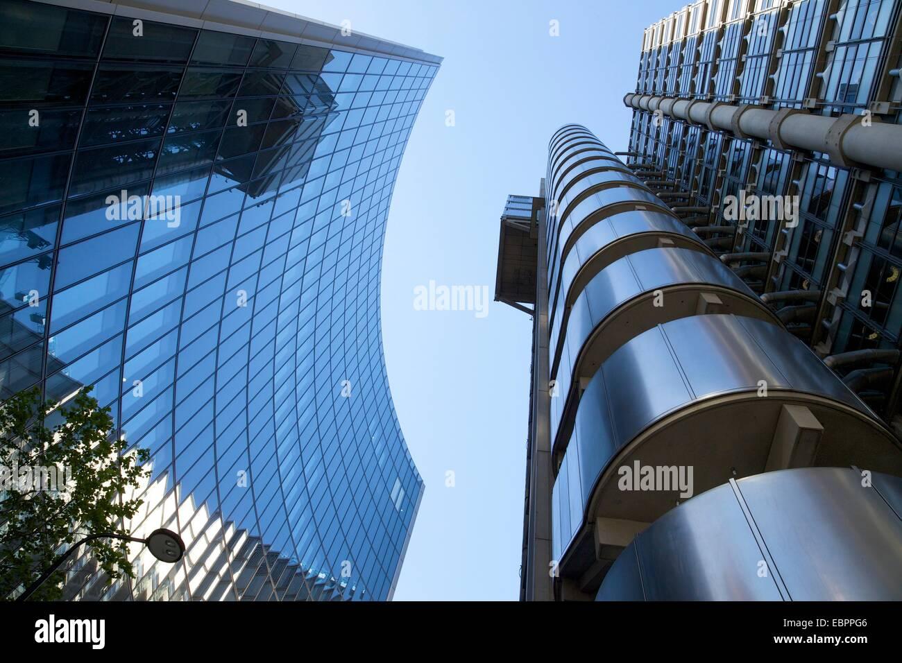 Lloyds e edifici Willis, il quartiere finanziario, la città di Londra, Inghilterra, Regno Unito, Europa Immagini Stock