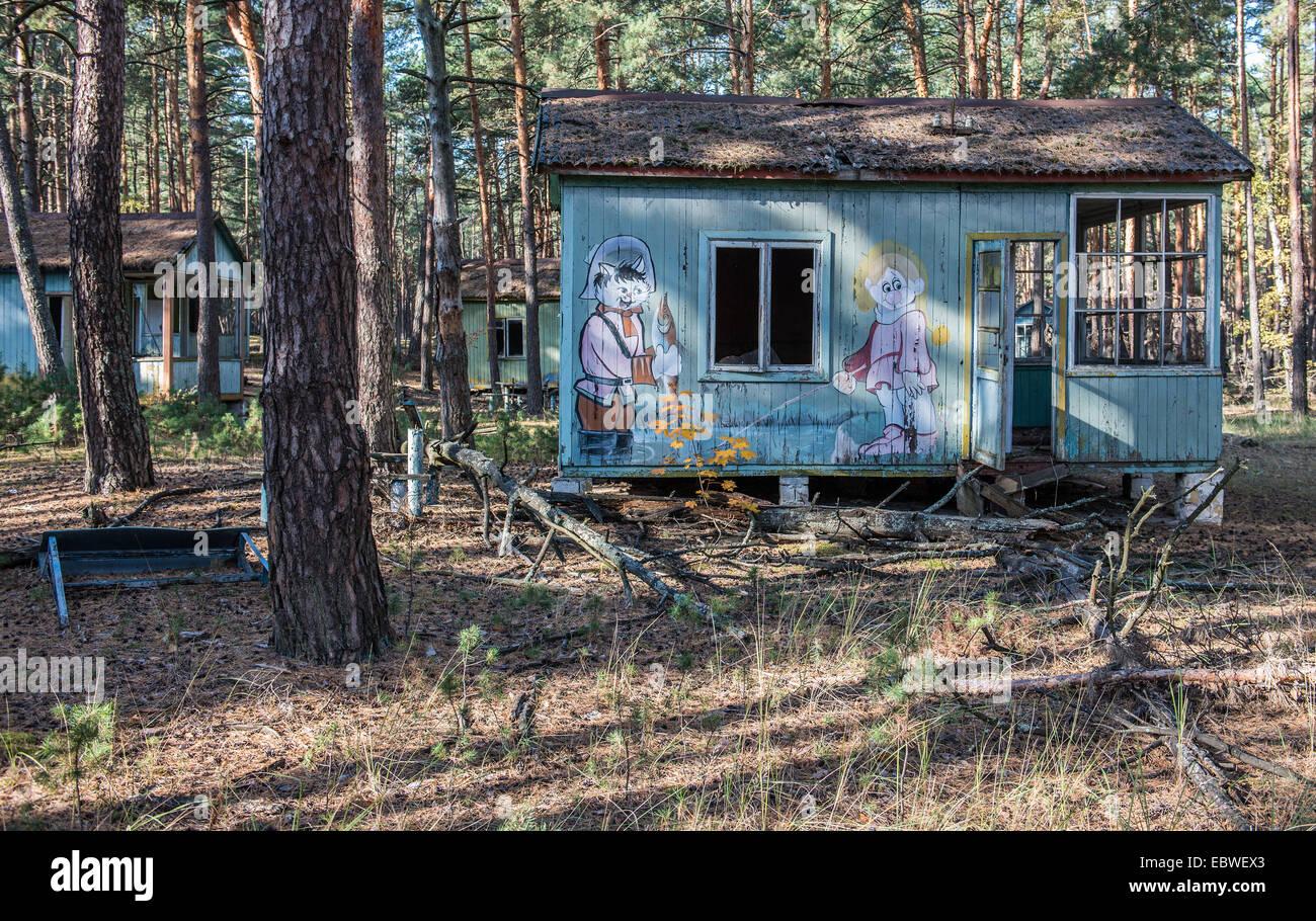 Sovietica Personaggio Dei Cartoni Animati Disegni Su Casa In Legno