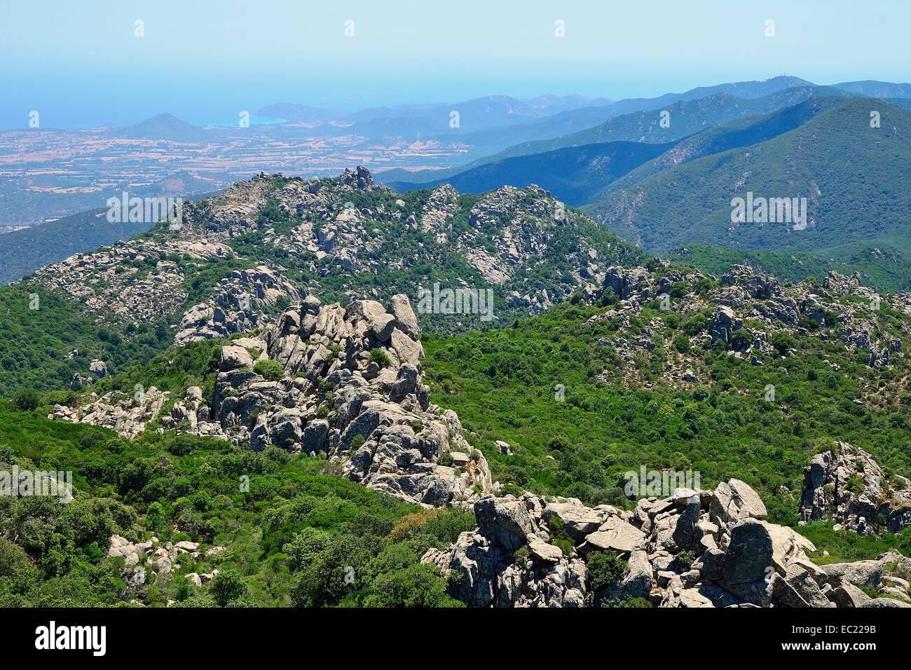 Formazioni granitiche, regione di montagna Monte dei Sette Fratelli, riserva naturale parco dei Sette Fratelli, Immagini Stock
