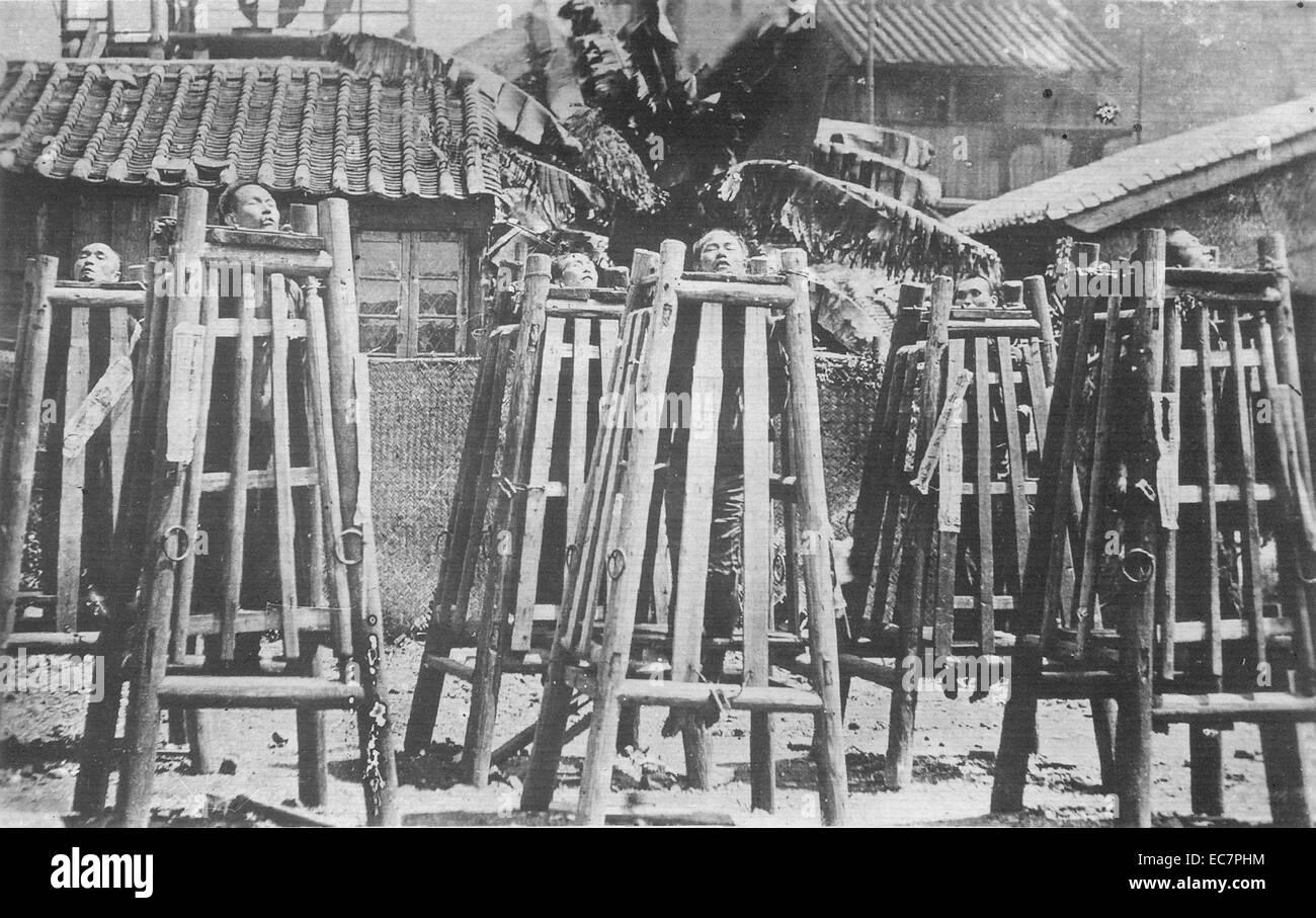 Fotografia dell' esecuzione pubblica del boxer. Datata 1901 Immagini Stock