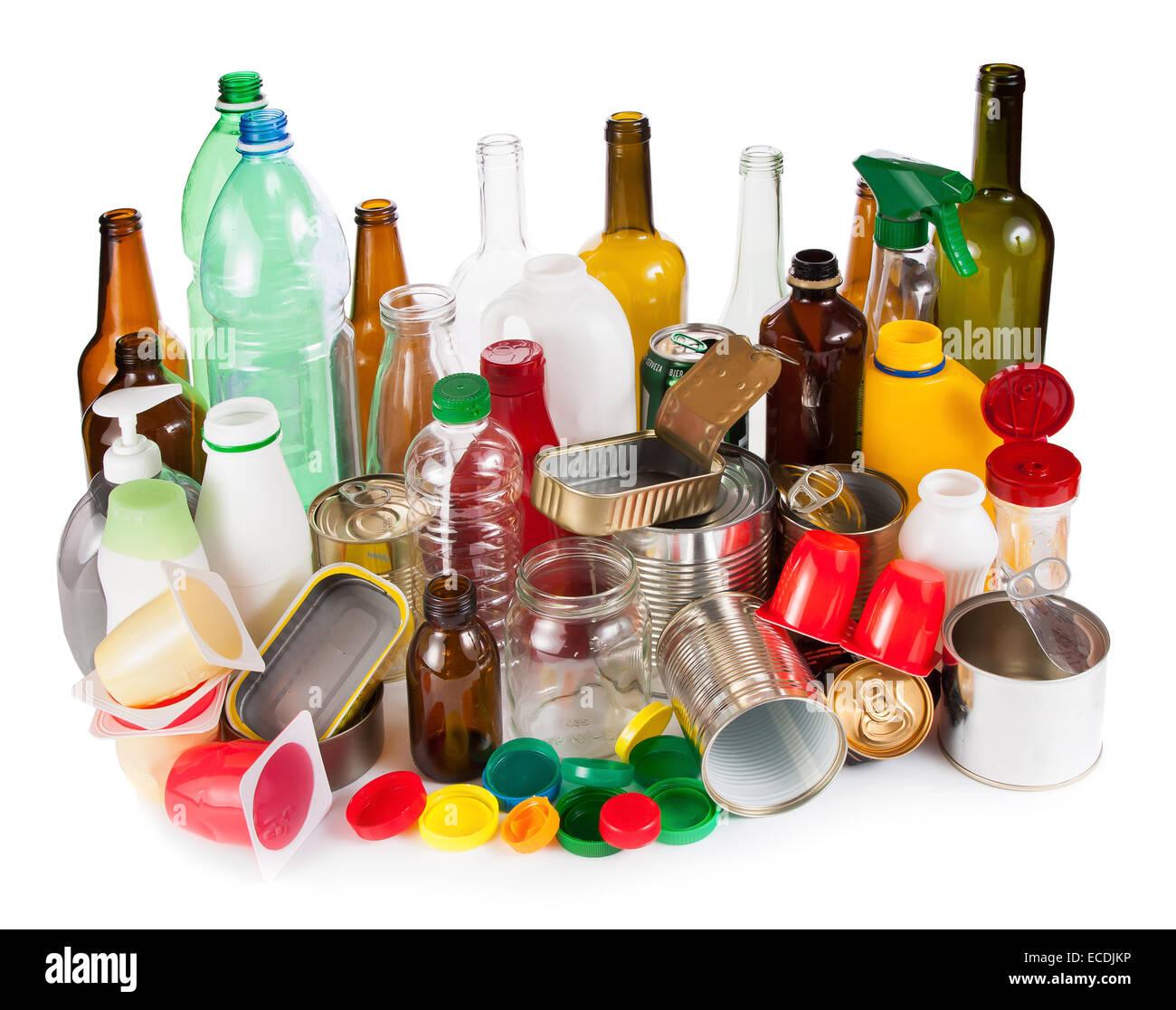 Rifiuti riutilizzabili. Segregati in metallo, plastica e vetro Immagini Stock