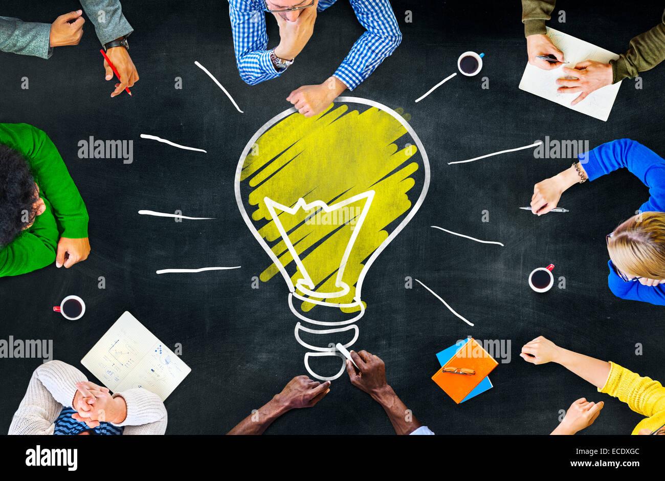 Idee pensieri Knowledge Intelligence pensieri di apprendimento Concetto di riunione Immagini Stock