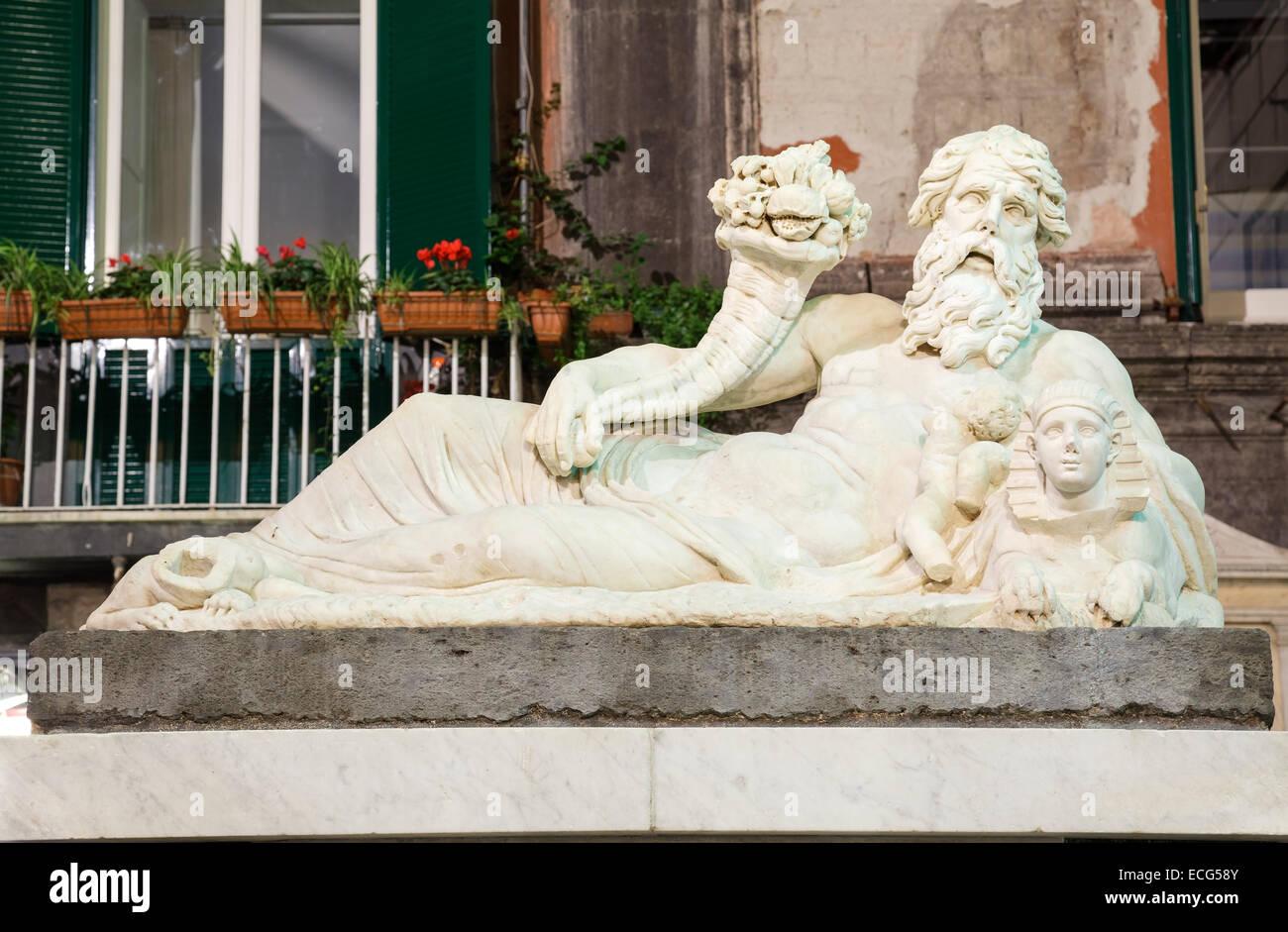 Statua del Nilo Dio / Corpo di Naples, Napoli, campania, Italy Immagini Stock