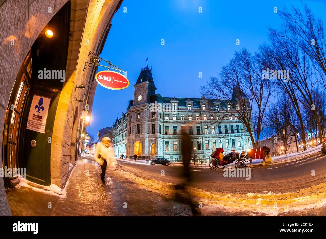 Canada, Provincia di Quebec Quebec, Place d'Armes giù il castello Fontenac vista sul Saint-Louis Street Immagini Stock