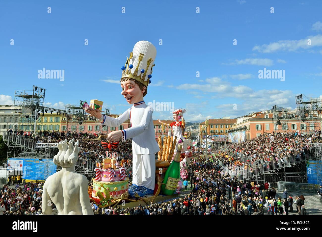 Francia, Alpes Maritimes, Nizza, Carnevale 2014, il Corso (con sfilata di carri allegorici) Immagini Stock