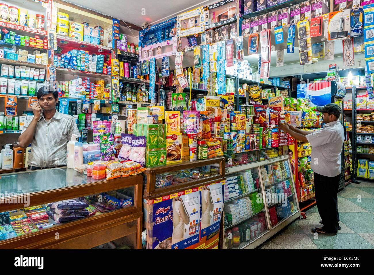 India, Nuova Delhi, Lodhi Road, negozio di generi alimentari Immagini Stock