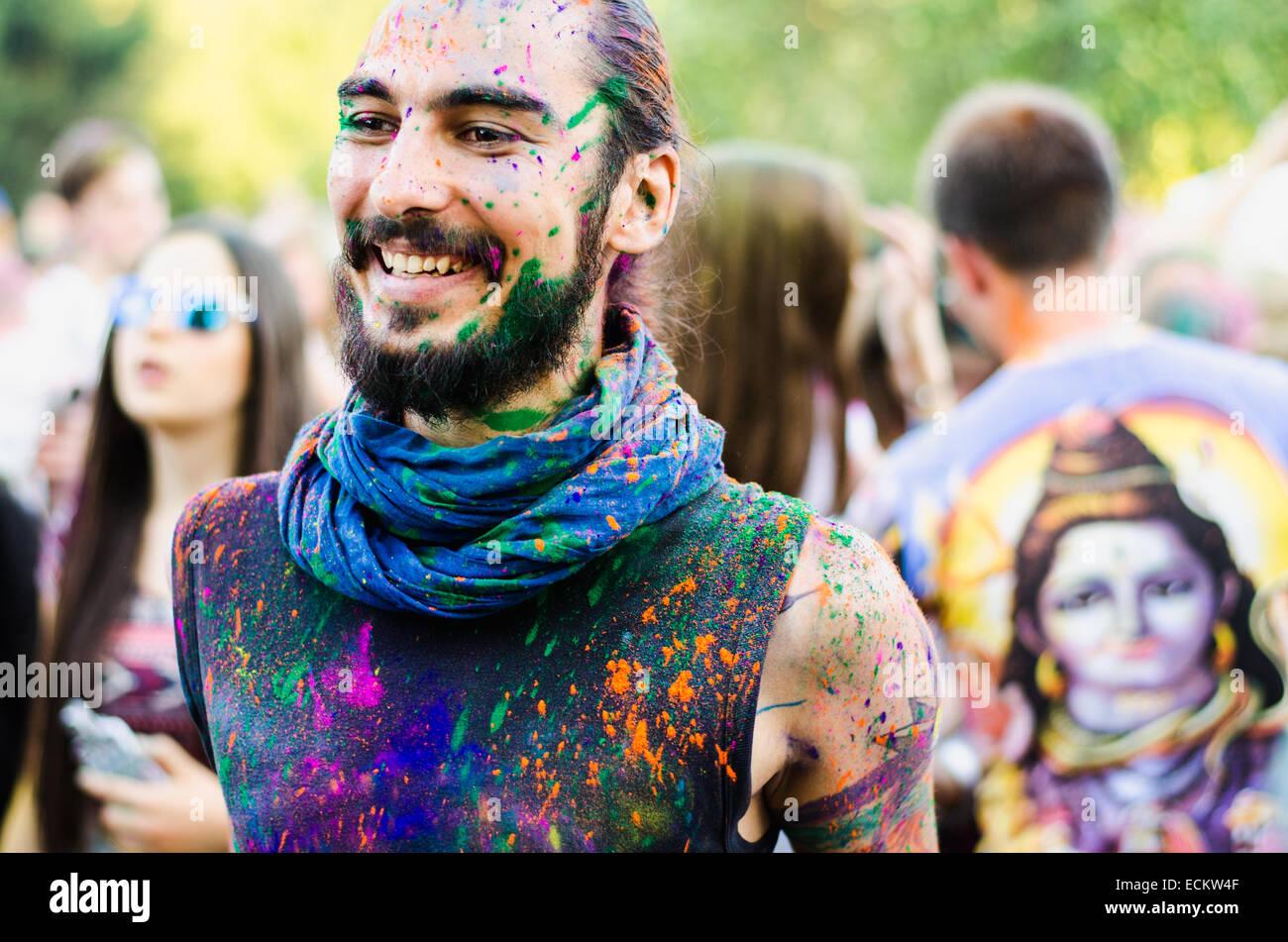 Un ragazzo al Freaky Summer Party Festival, Minsk, Bielorussia, estate 2014 Immagini Stock