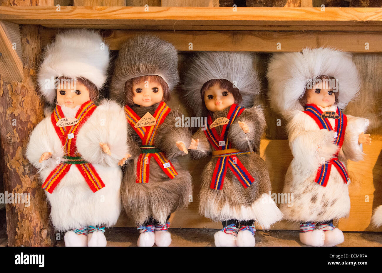 Honningsvag Norvegia crociera Hurtigruten Sami souvenir tribali di home articoli fatti a Capo Nord Nord più Immagini Stock
