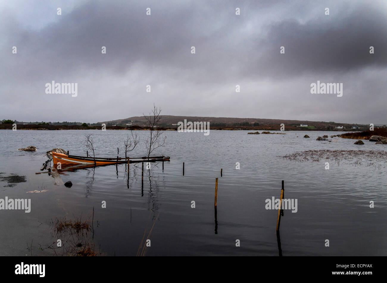 Il lago di Meela, Dungloe, County Donegal, Irlanda. Xviii Dicembre ...