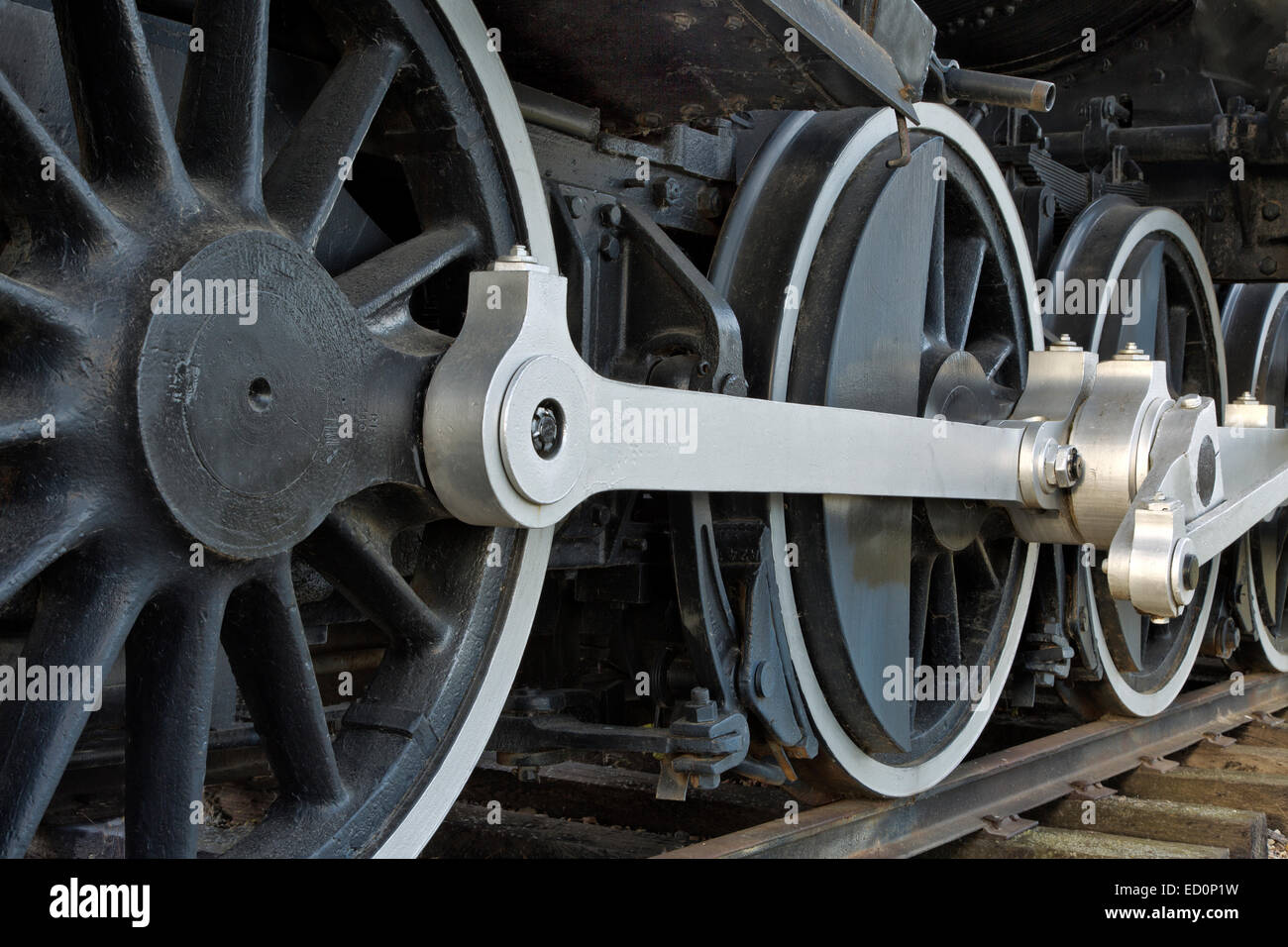 Le ruote motrici, 440 SooLine locomotiva a vapore. Immagini Stock