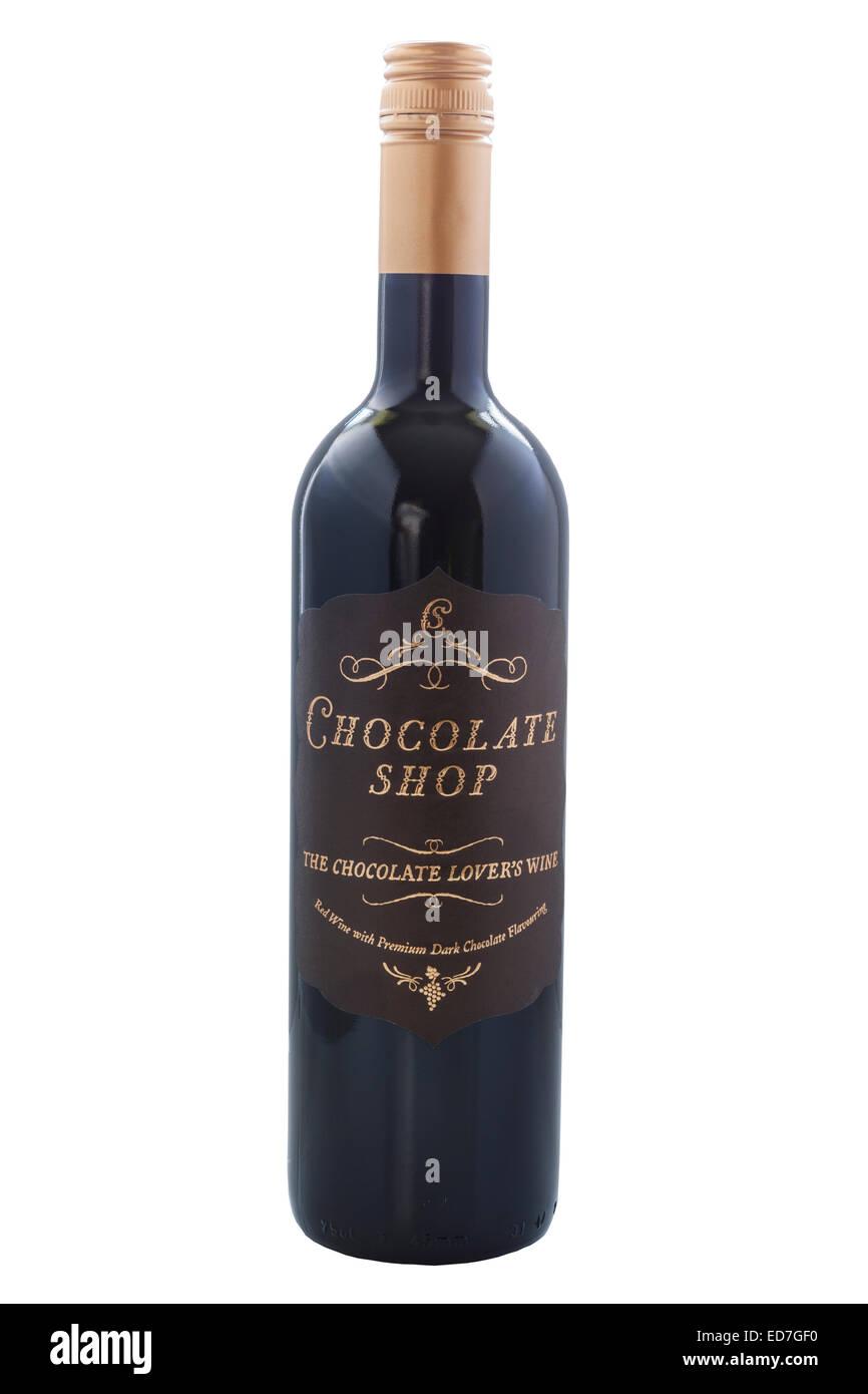 Una bottiglia di negozio di cioccolato vino su uno sfondo bianco Immagini Stock