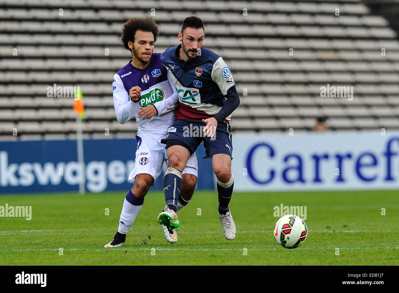 Bordeaux, Francia. 04 gen 2015. French League Cup Calcio. Bordeaux rispetto a Tolosa. Martin Braithwaite (TFC) Diego Immagini Stock