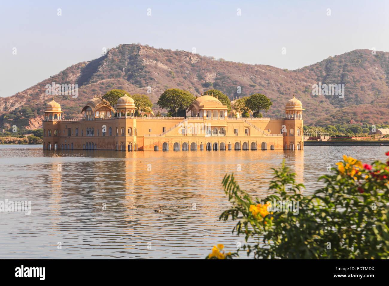 Jal Mahal di Jaipur, nel palazzo d'acqua nell'uomo Sagar Lago, Rajasthan, India Immagini Stock