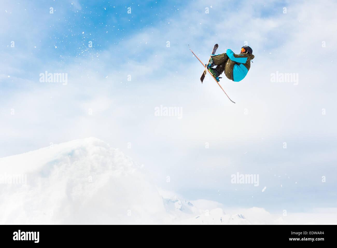 Stile libero sciatore. Immagini Stock