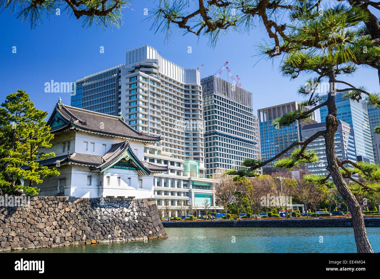 Tokyo, Giappone presso il Palazzo Imperiale moat torre. Immagini Stock