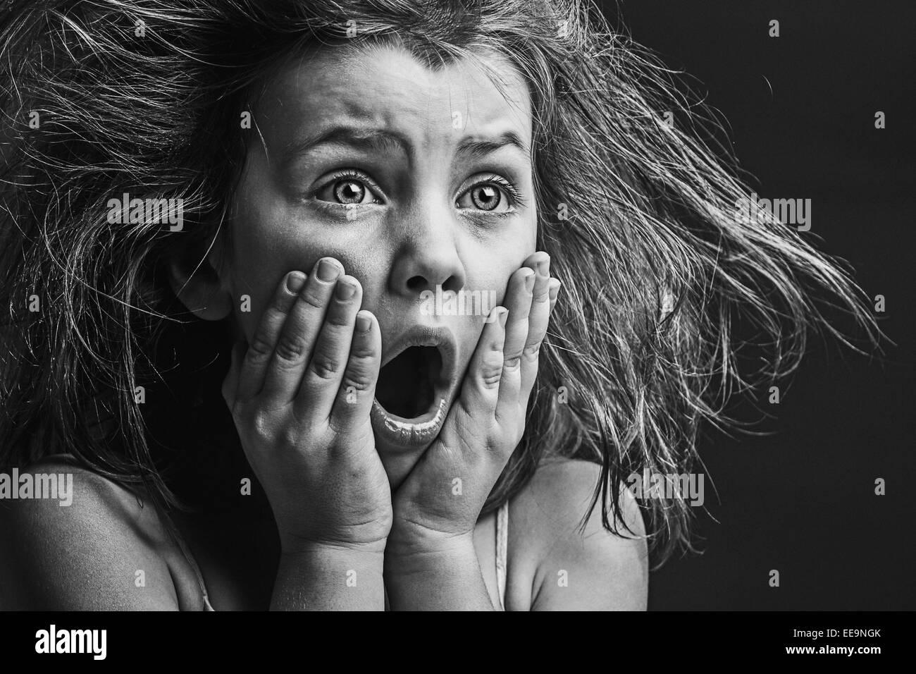 Immagine potente di paura bambino Immagini Stock