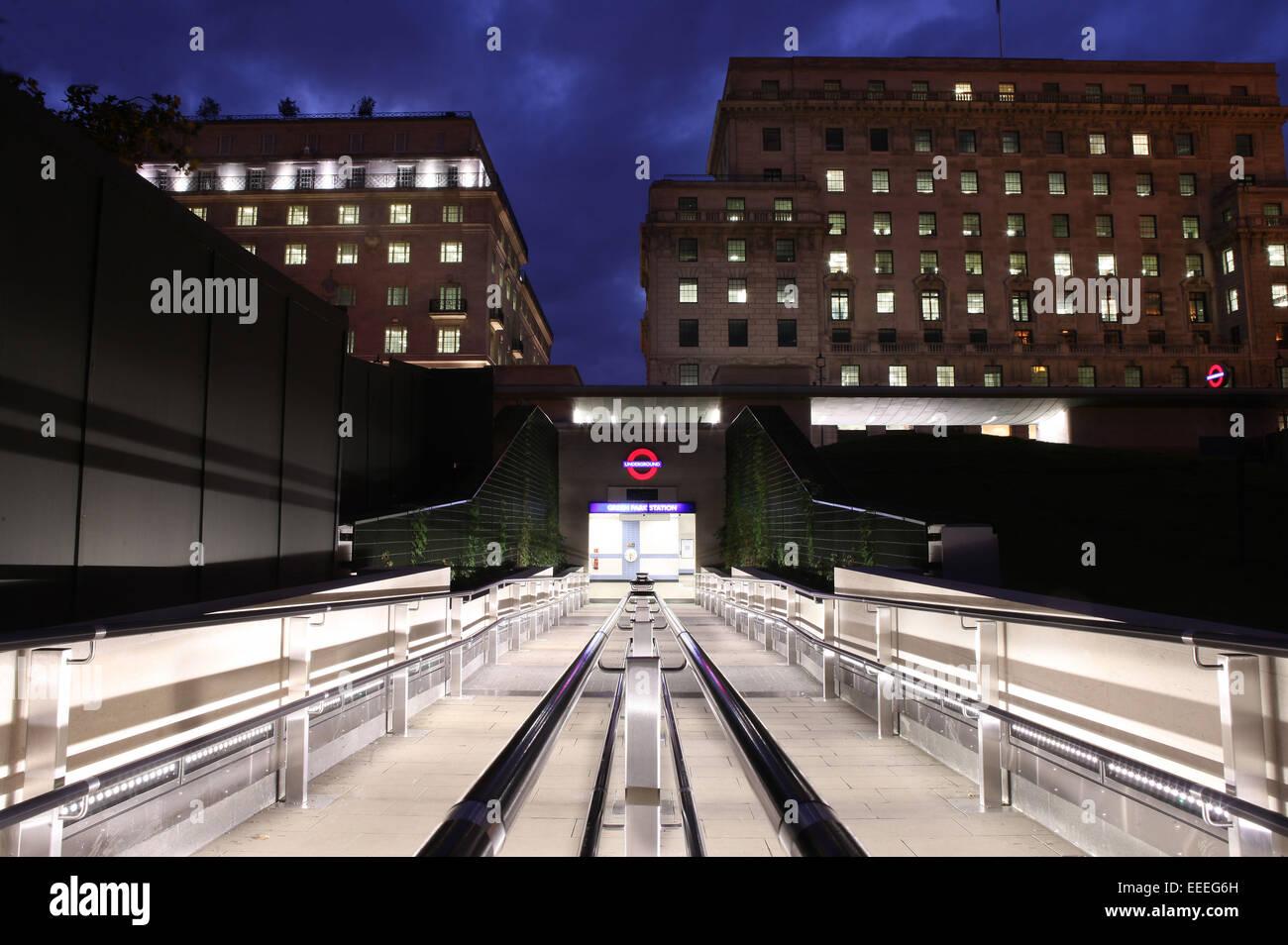 Stazione della metropolitana di Green Park Immagini Stock