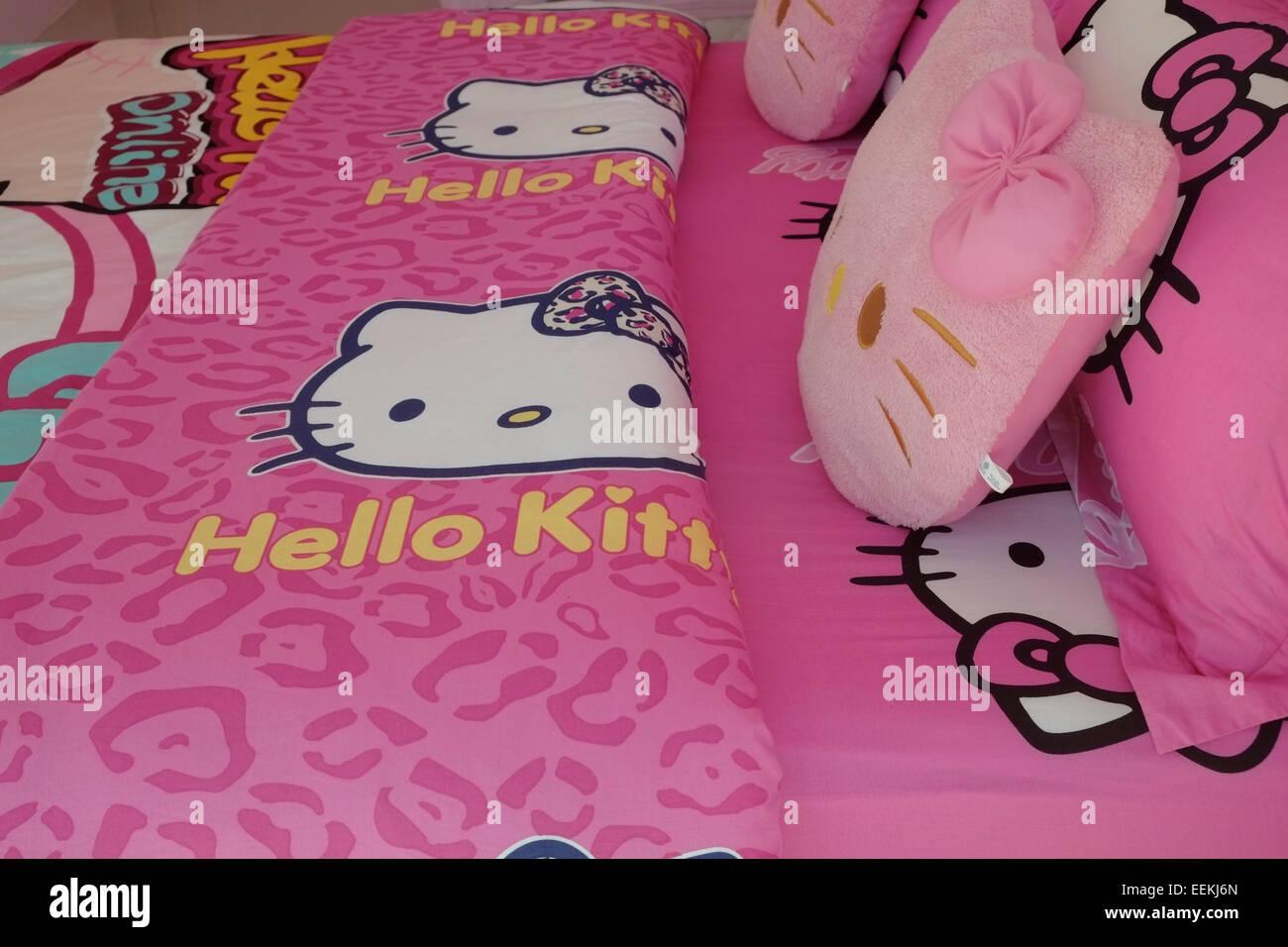 Letti Per Bambini Hello Kitty.La Biancheria Da Letto Con Figure Di Hello Kitty Bambola Che E Un