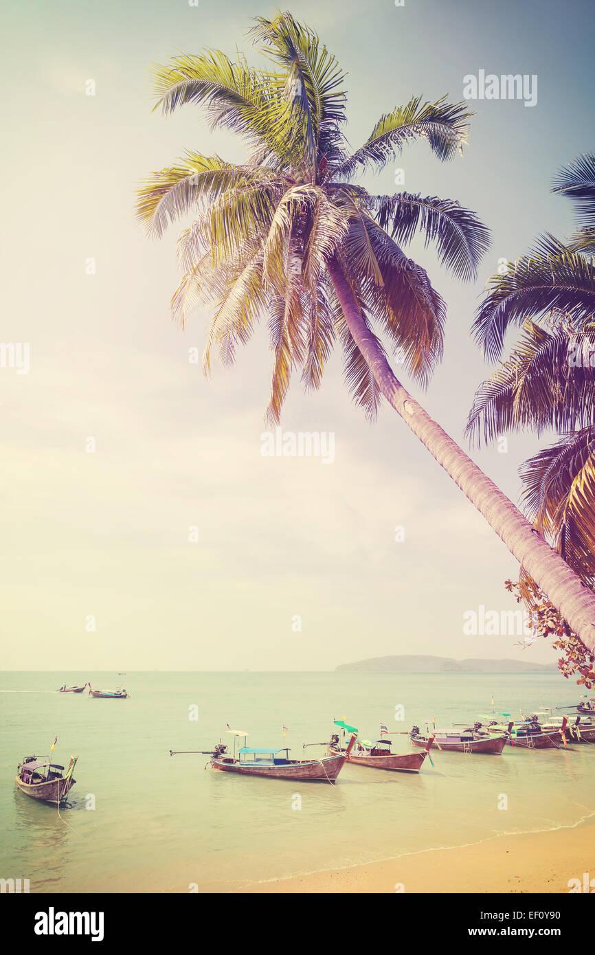 Vintage retrò immagine filtrata della spiaggia tropicale. Immagini Stock