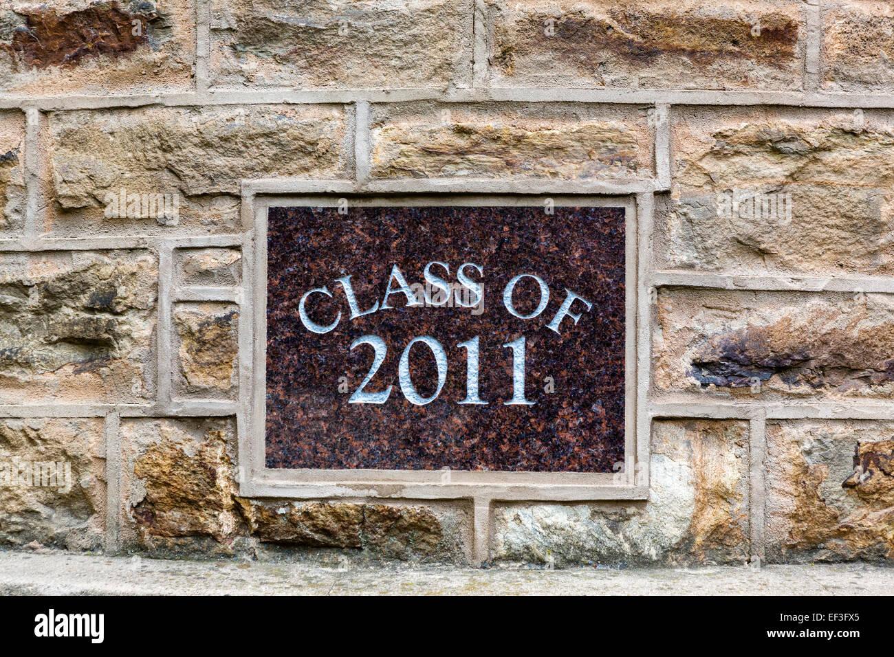 """Una delle molte placche di classe sulla parete di Nassau Hall (""""Old Nassau'),l'Università di Princeton, Immagini Stock"""