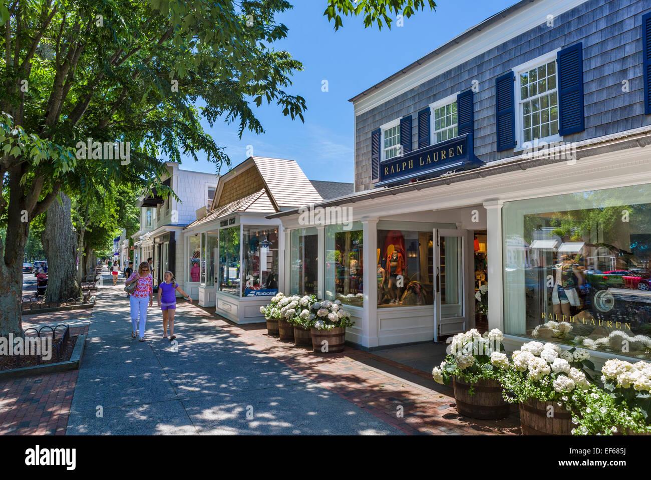 Strada principale nel villaggio di east hampton contea di for Hamptons long island