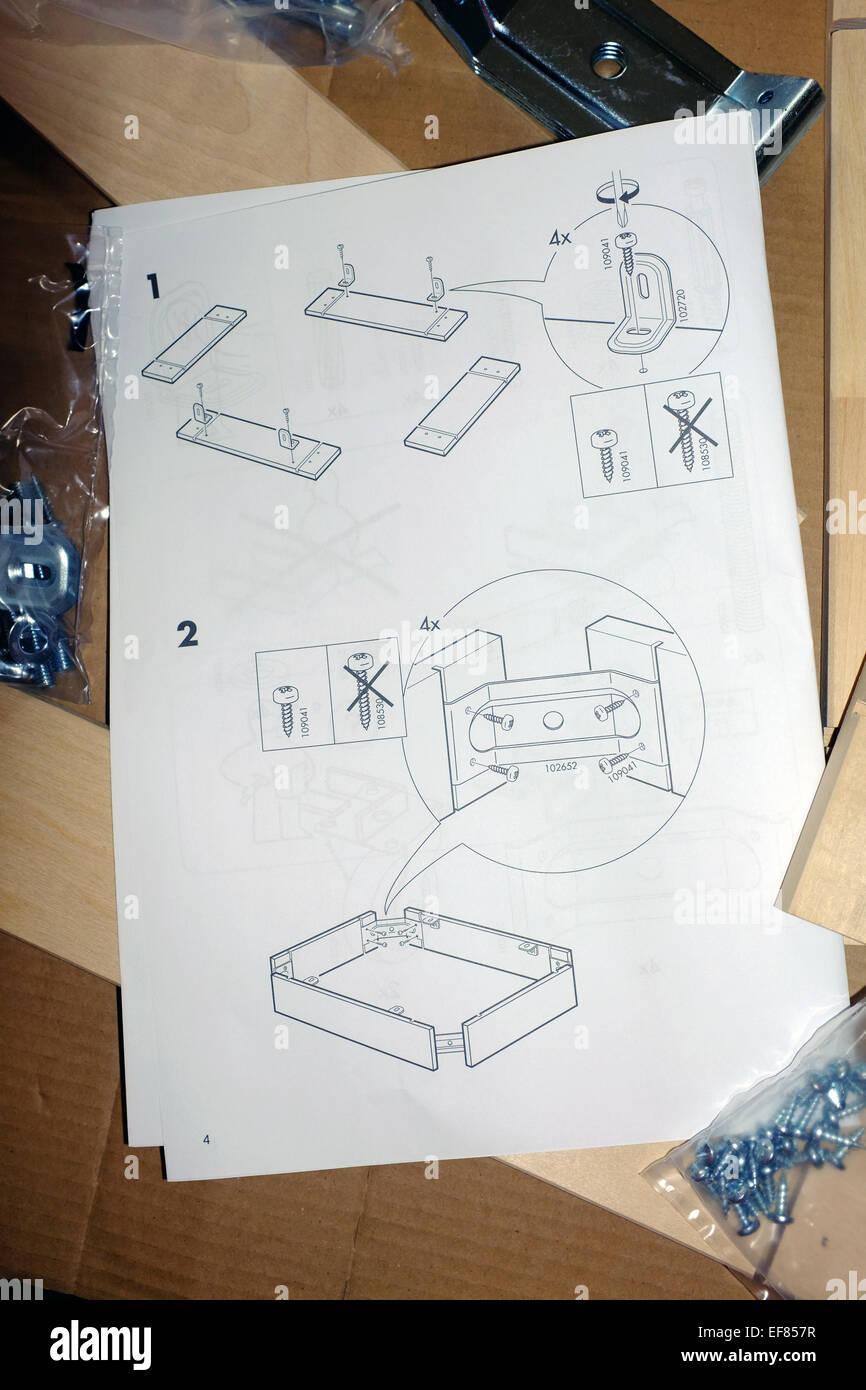 Un Insieme Di Mobili.Una Pagina Da Un Insieme Di Mobili Ikea Istruzioni Di Montaggio