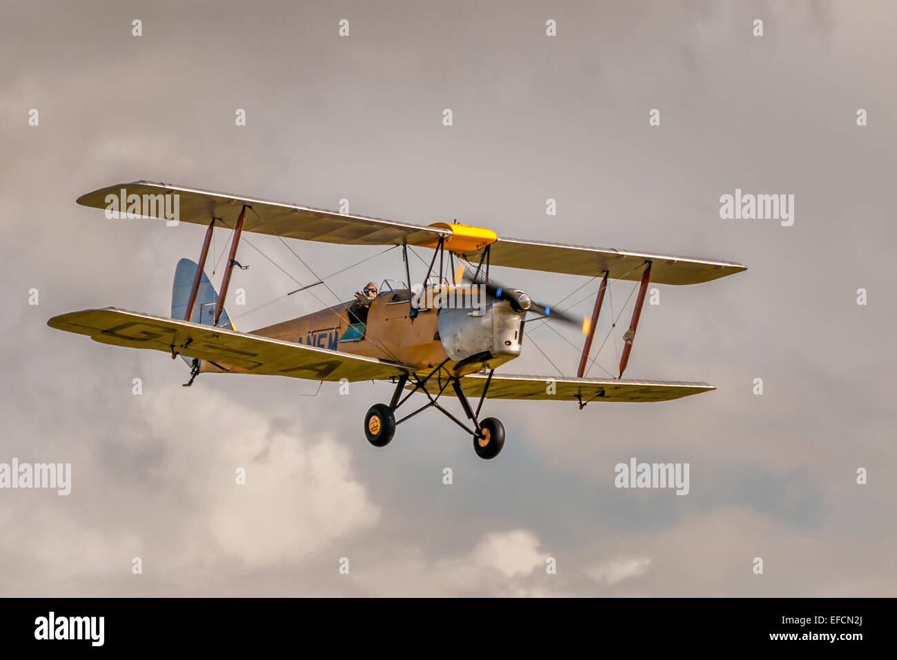 De Havilland tiger moth, 1930s biplano a airshow kemble Immagini Stock