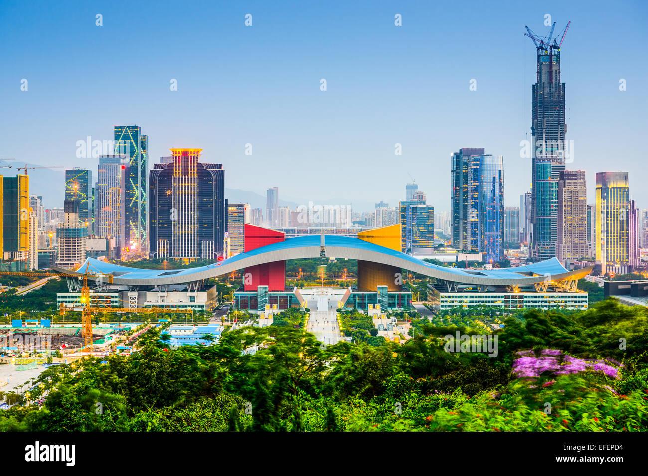 Shenzhen, Cina skyline della città nel centro civico quartiere. Immagini Stock