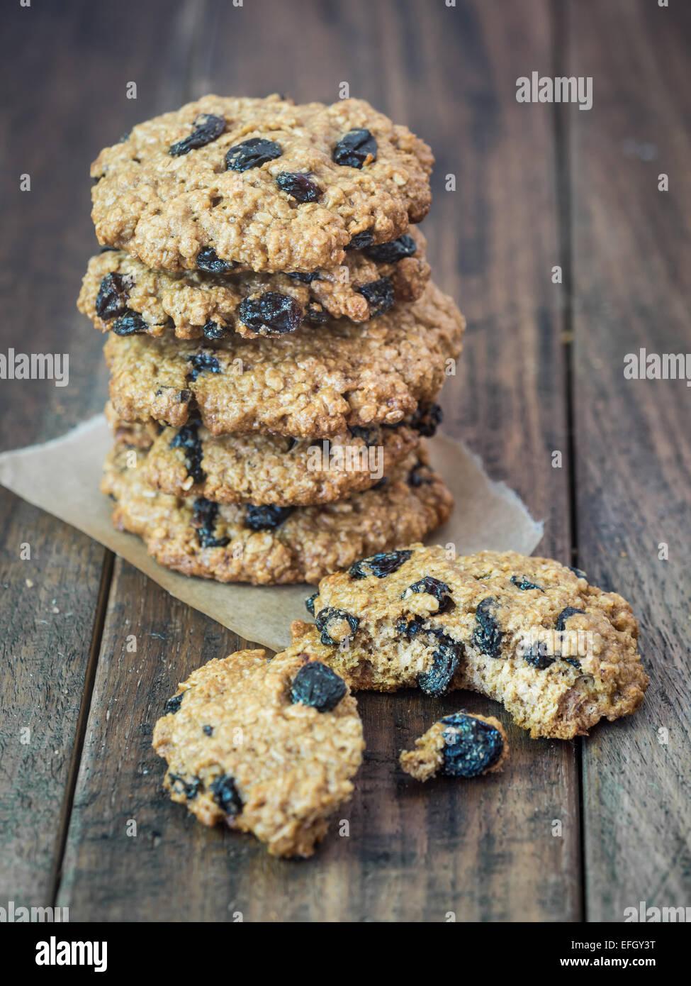 In casa integrale di farro farina di avena cookie. Immagini Stock