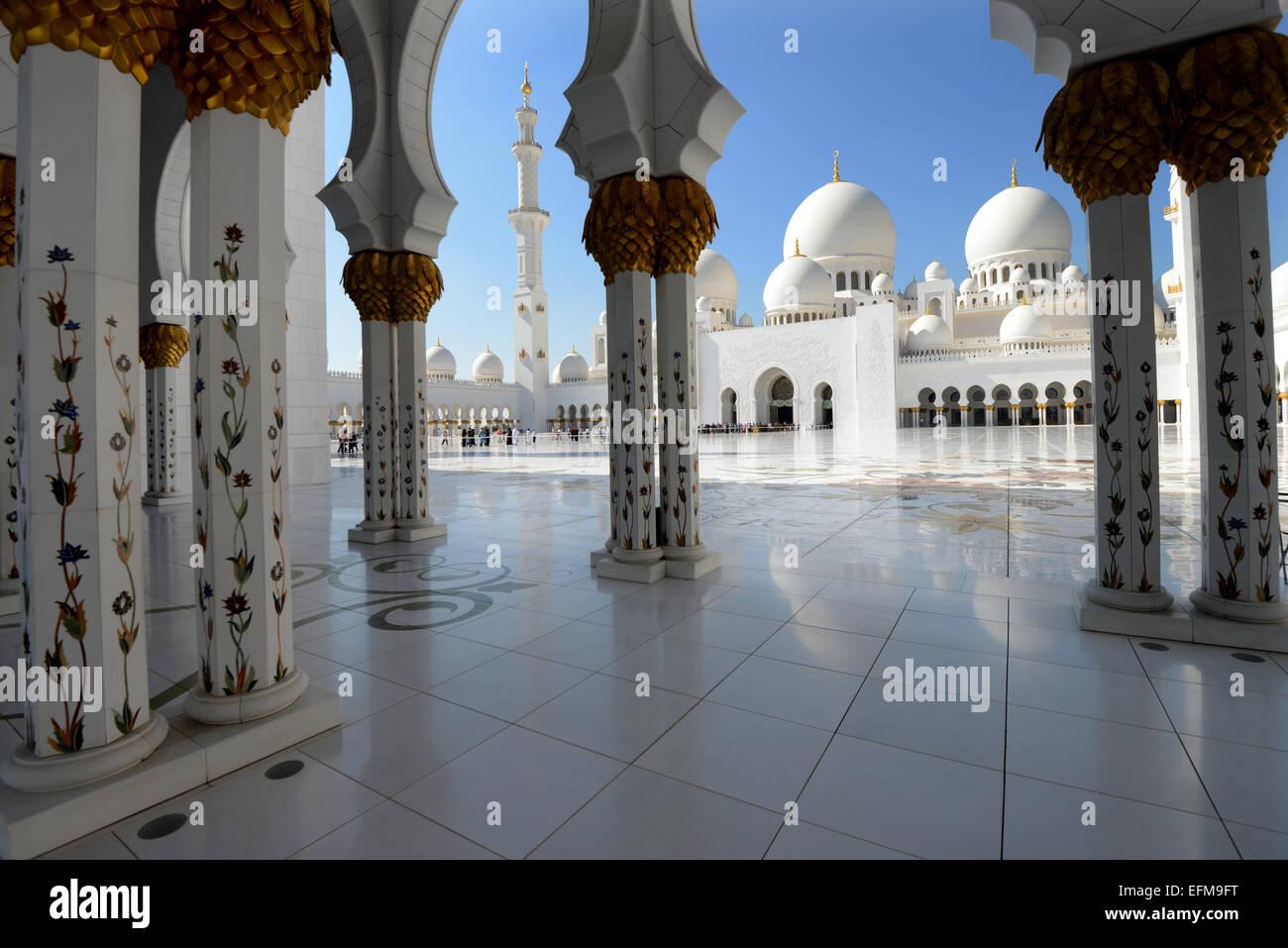 ABU DHABI- La Sheikh Zayed Grande moschea Immagini Stock