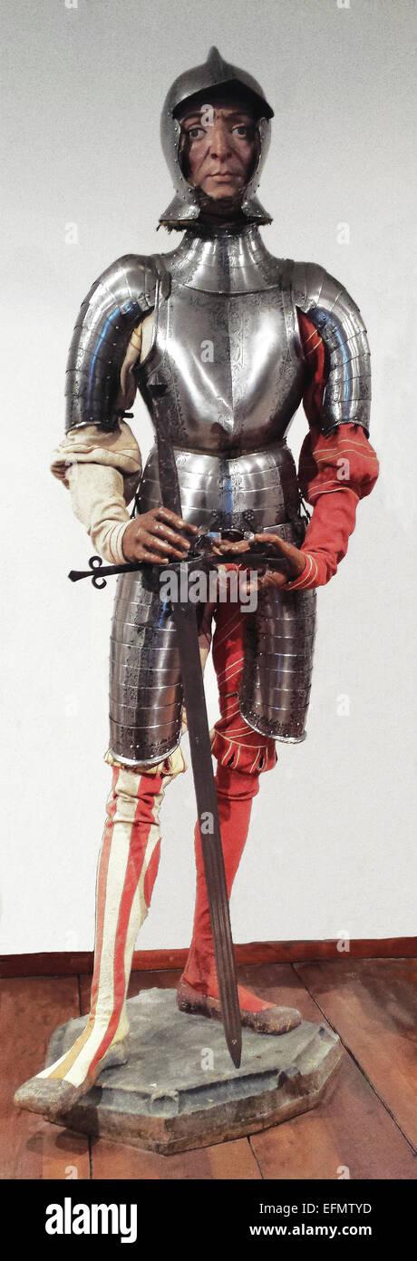 Questo armor apparteneva a Bartima Bon, la Corte gigante che ha preso parte al torneo a Vienna nel 1560. Esso è Immagini Stock