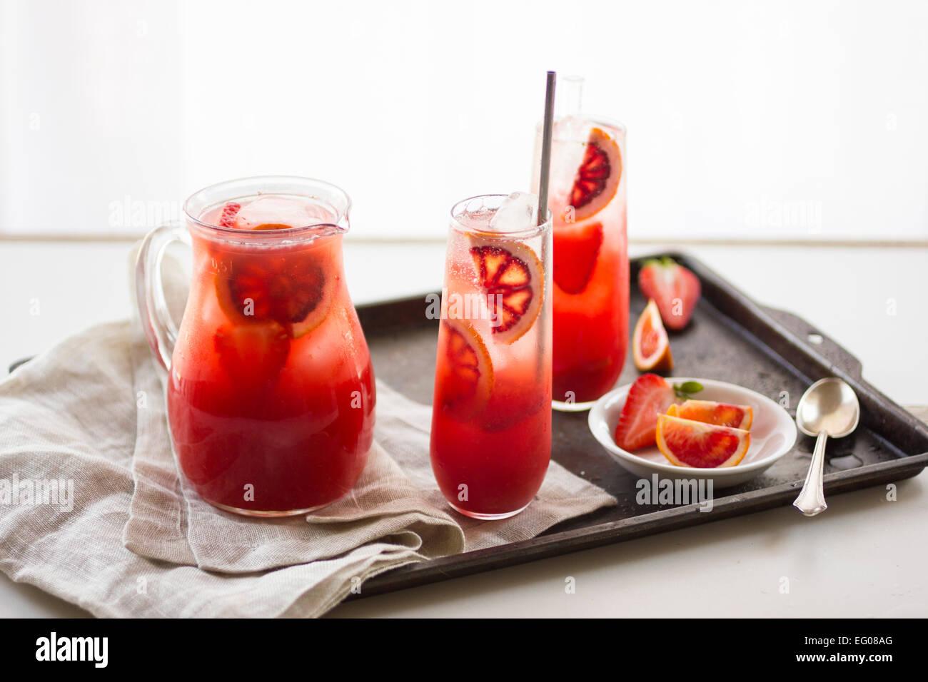 Arancio sanguigno fragola drink punzone Immagini Stock