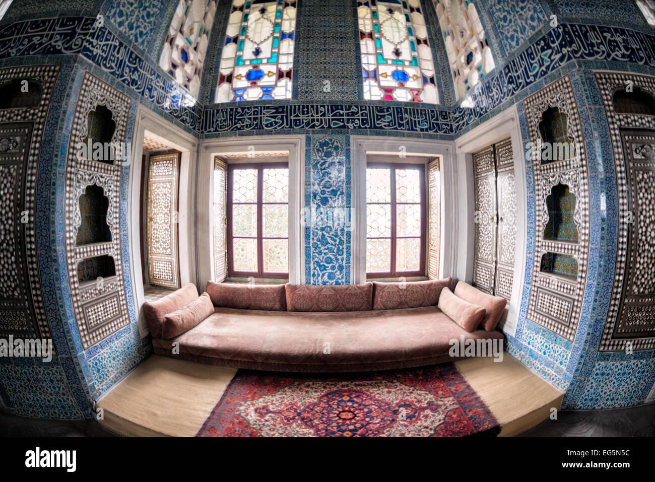 Il padiglione di Baghdad (o Baghdad Kiosk) fu costruito per ...
