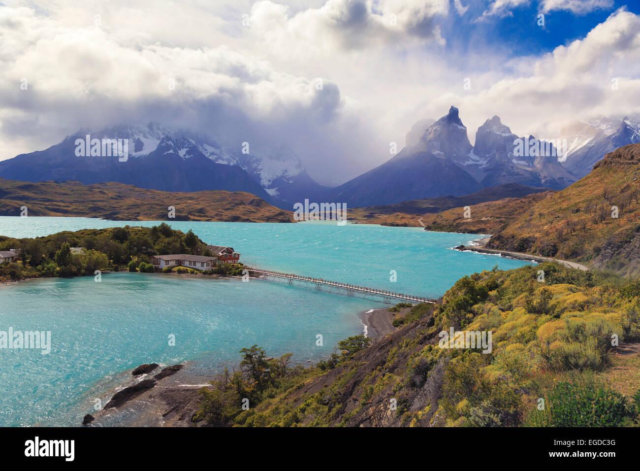 Il Cile, Patagonia, parco nazionale Torres del Paine (Sito UNESCO), il lago Peohe Immagini Stock