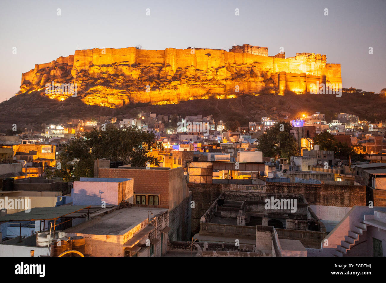 Forte Mehrangarh Jodhpur India durante la notte Immagini Stock