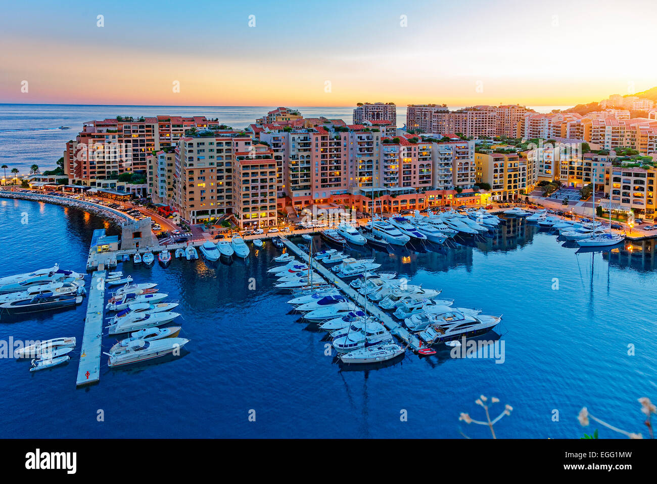 Il Principato di Monaco, Fontvielle Harbour Immagini Stock