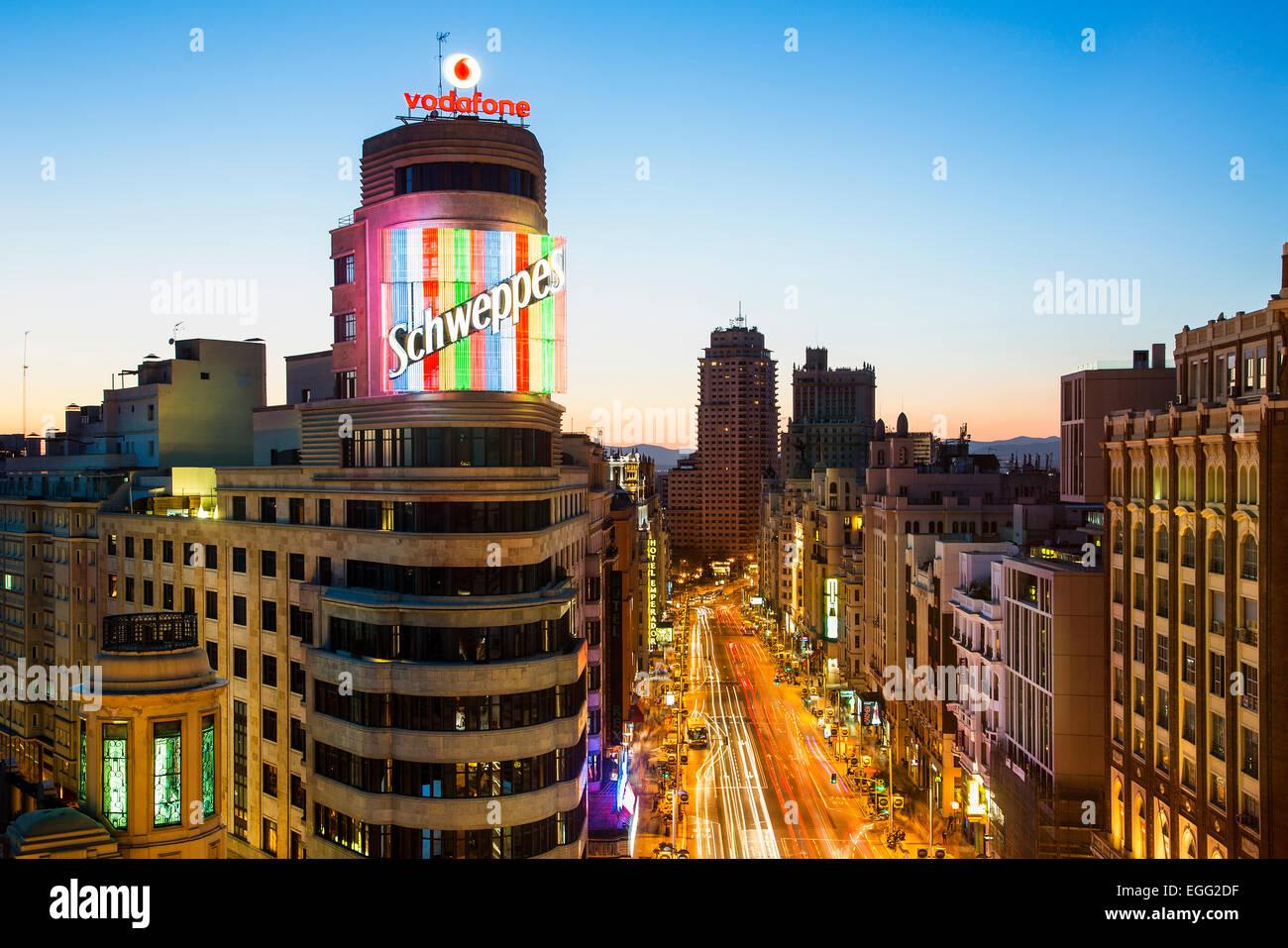 Skyline di Madrid al crepuscolo Immagini Stock