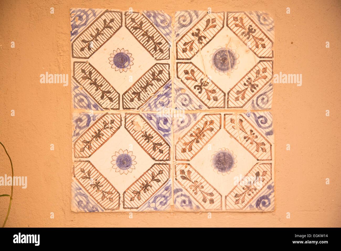 Vintage in ceramica decorata piastrelle italiane foto immagine