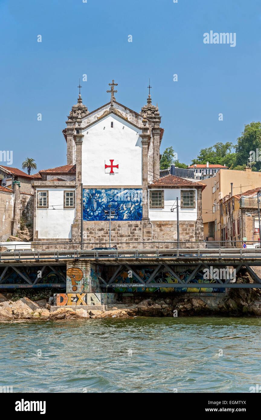 Il Portogallo, Porto. Chiesa della Confraternita del Santo anime e corpi (Igreja do Corpo Santo de Massarelos) fondata Immagini Stock