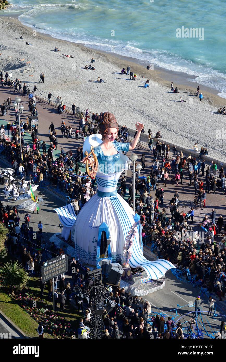 La regina - Sfilata di Carnevale di Nizza (2015). Promenade des Anglais, Nizza Costa Azzurra, Francia. Immagini Stock