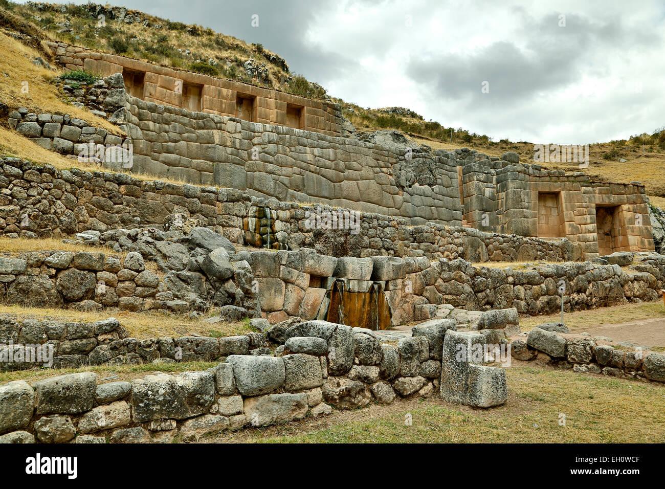 Vista generale di Tambomachay rovine Inca, Cusco, Perù Immagini Stock