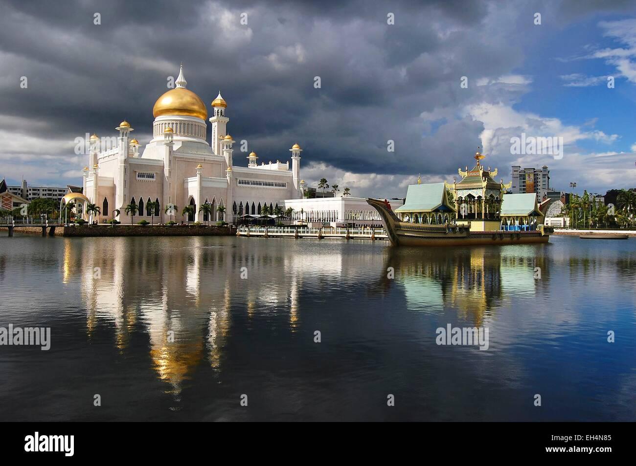 Brunei Bandar Seri Begawan, sultano Omar Ali Saifuddin Moschea Immagini Stock
