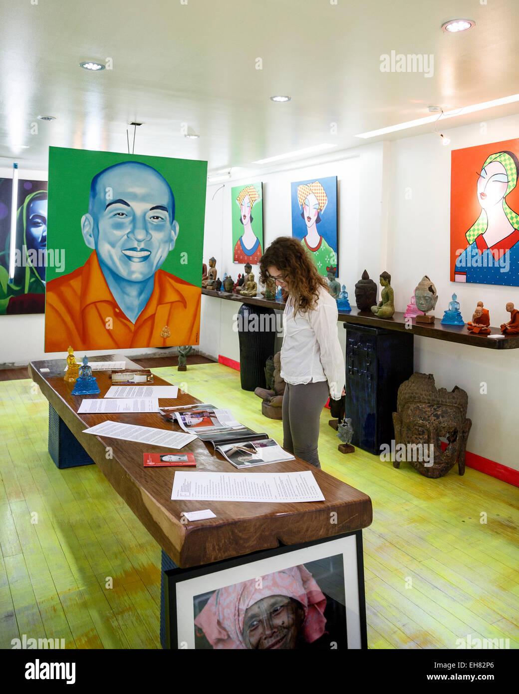 Wa Gallery Concept Store, Siem Reap, Cambogia, Indocina, Asia sud-orientale, Asia Immagini Stock