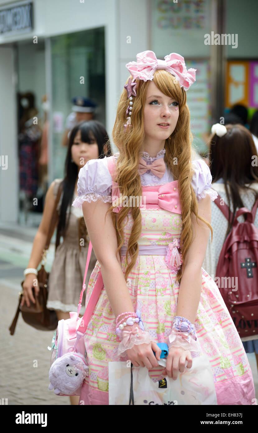 outlet store 63230 febce La ragazza di kawaii vestiti in stile gotico; lolita ...