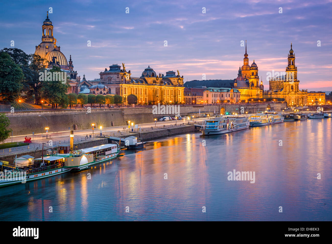 Dresden, Germania città vecchia skyline sul fiume Elba. Immagini Stock