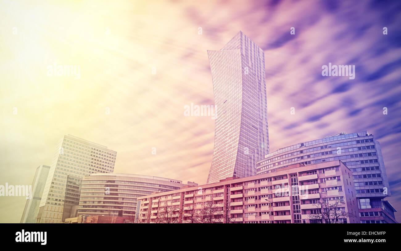 Il paesaggio urbano in colori vividi, lo skyline di Varsavia, Polonia. Immagini Stock