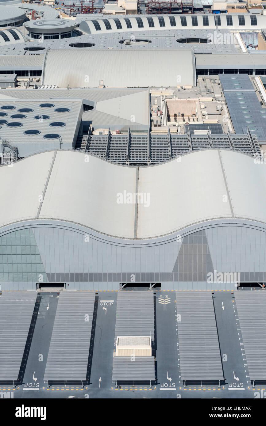 Vista del tetto del centro commerciale di Dubai in Dubai Emirati Arabi Uniti Immagini Stock